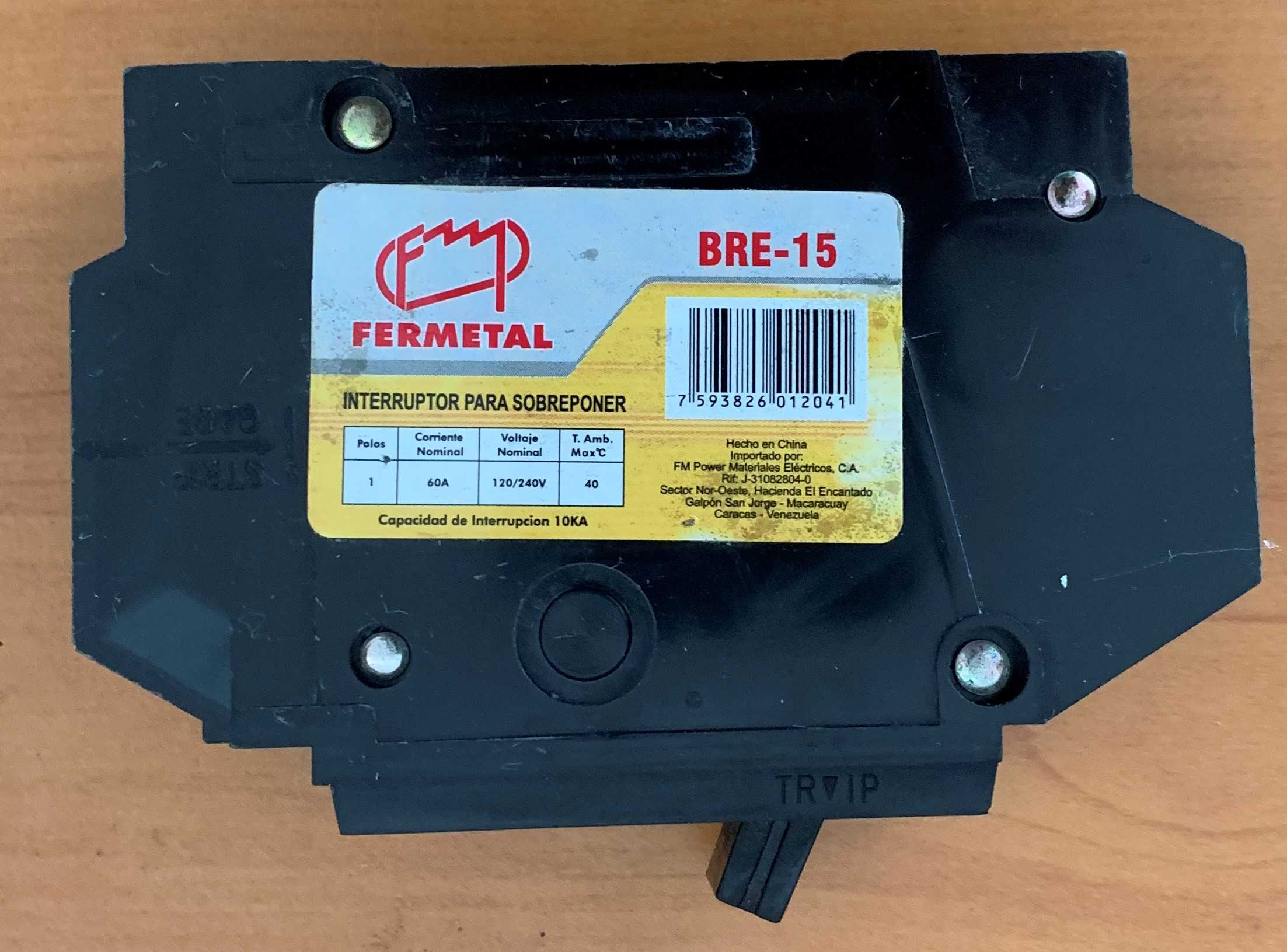 Breaker Superficial. 1 x 60 Watts. Marca: FERMETAL.